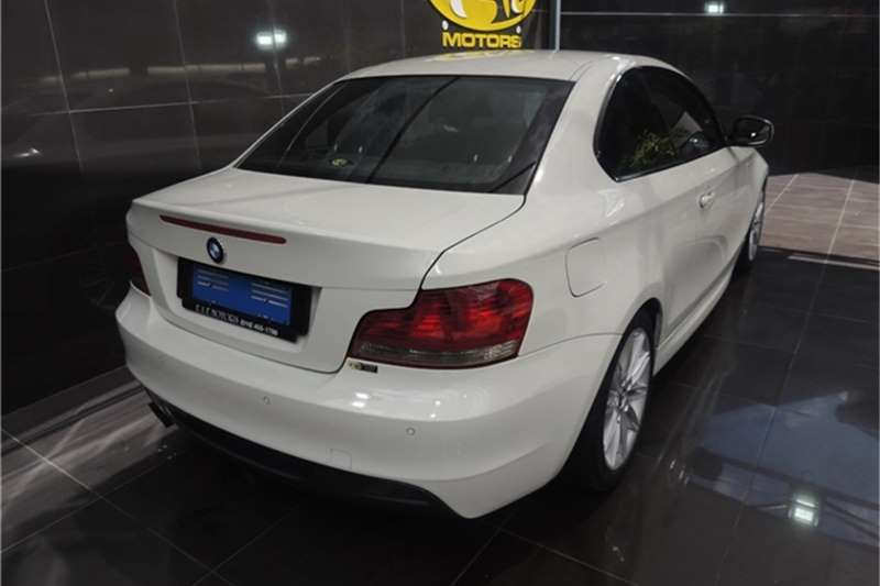 BMW 1 Series 125i Coupe 2010