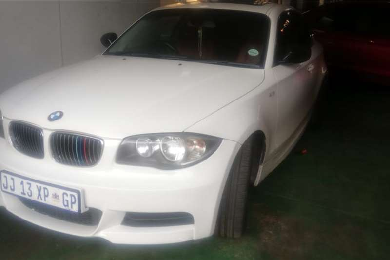 BMW 1 Series 135i convertible 2011