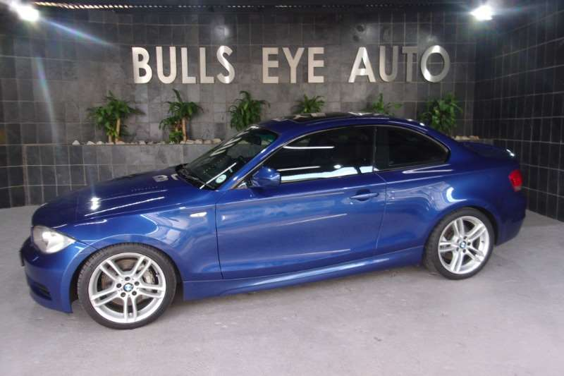BMW 1 Series 135i coupe auto 2011