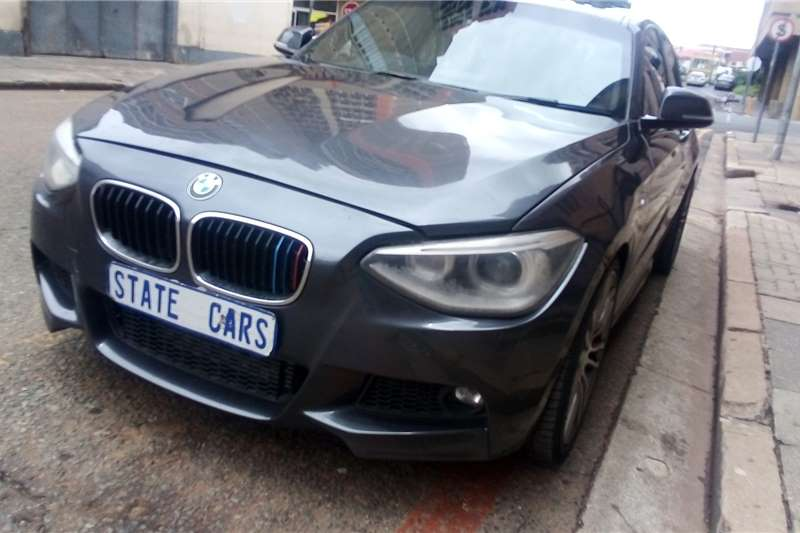 2015 BMW 1 Series 5-door 118d M SPORT A/T (F40)
