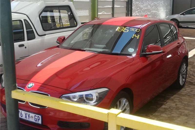 BMW 1 Series 5-door 118i A/T (F40) 2014