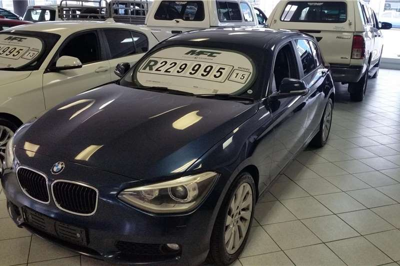 BMW 1 Series 5-door 118i A/T (F40) 2015
