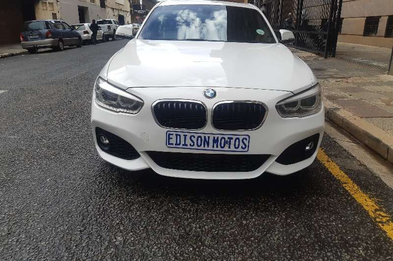 BMW 1 Series 5-door 118i M SPORT A/T (F40) 2015
