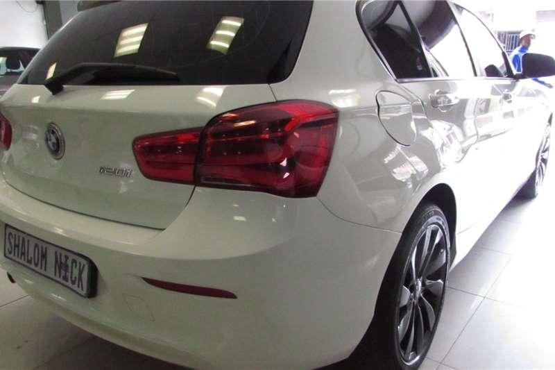 BMW 1 Series 5-door 120i 2016