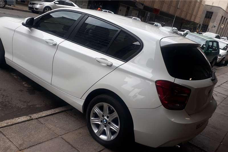 2014 BMW 1 Series 5-door 118i M SPORT A/T (F40)