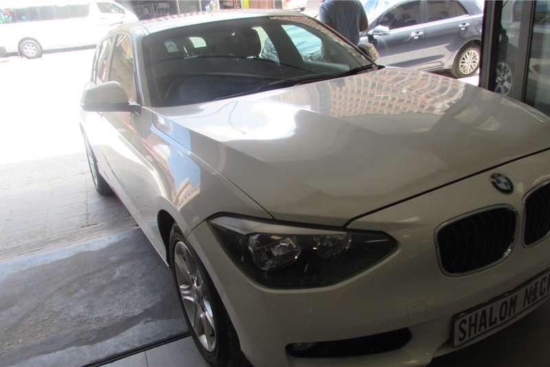 2012 BMW 1 Series 5-door 118i A/T (F40)