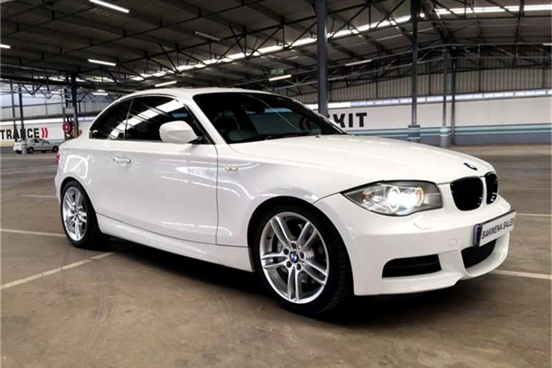 BMW 1 Series COUPE SPORT A/T 2011