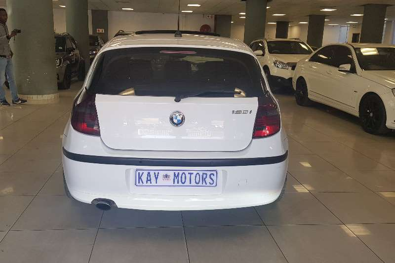 2010 BMW 1 Series 120i 5 door