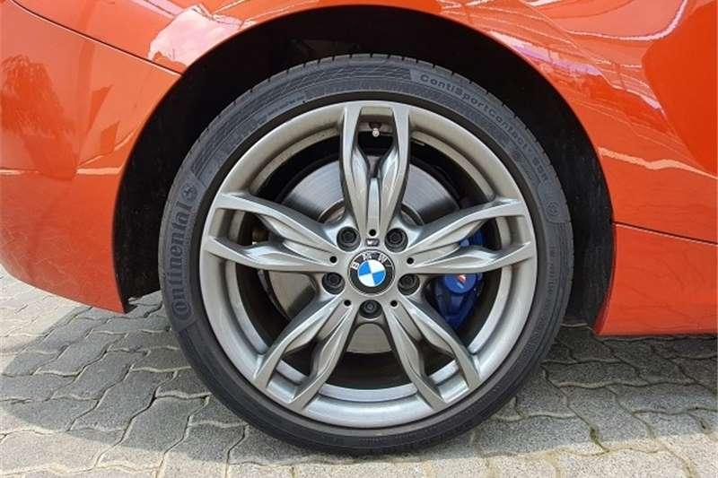 BMW 1 Series M135i 3-door sports-auto 2015