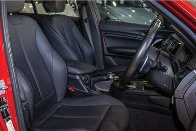 2017 BMW 1 Series M140i 5-door sports-auto