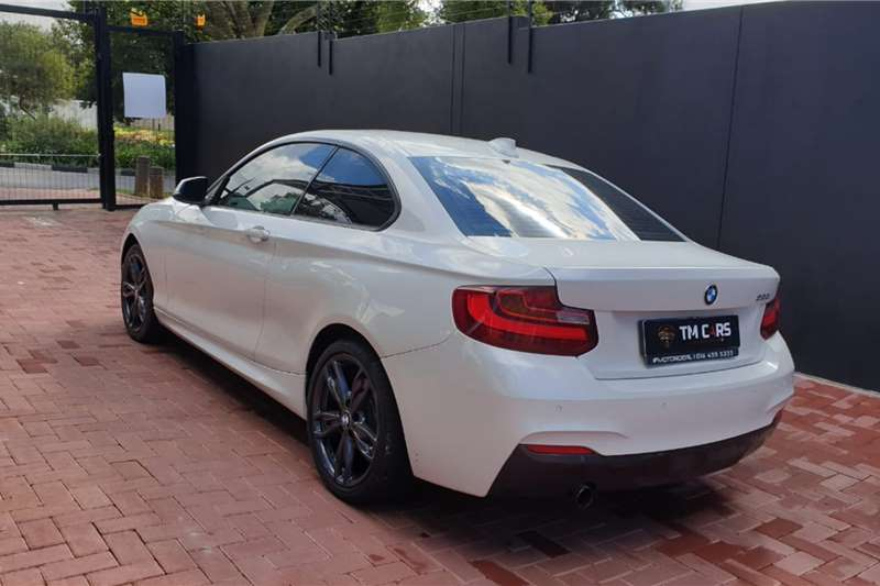 Used 2015 BMW 2 Series 220i coupe Sport auto