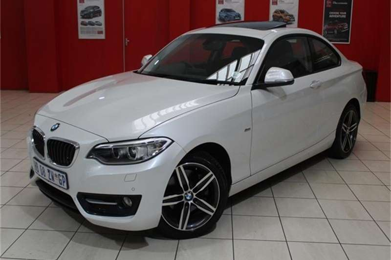 BMW 2 Series 220i coupe Sport auto 2017