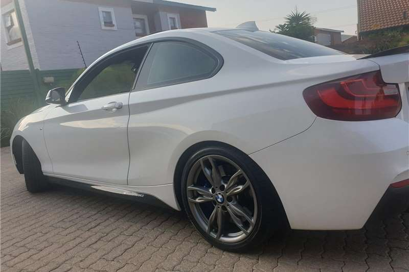 BMW 2 Series Coupe M240i A/T (F22) 2016
