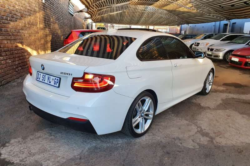 2014 BMW 2 Series 220i coupe M Sport sports auto