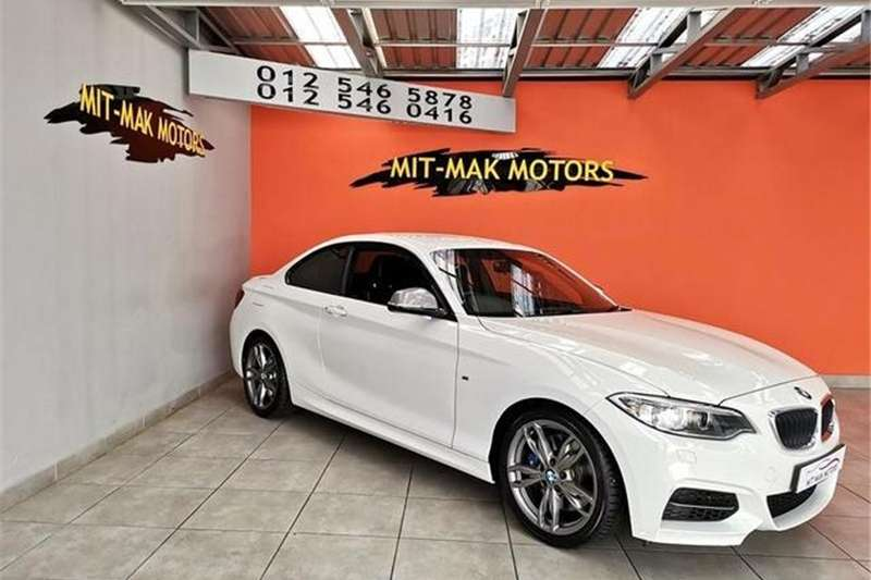 2014 BMW 2 Series M235i coupe