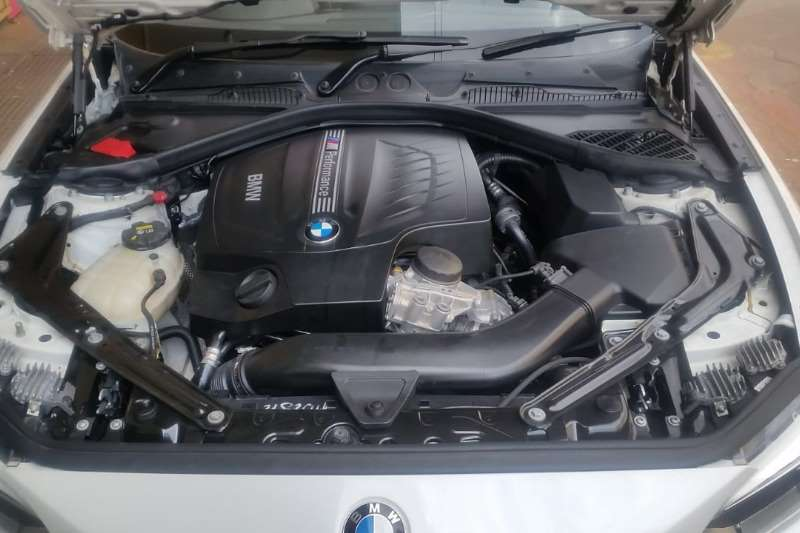 BMW 2 Series M235i convertible 2016