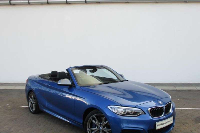 BMW 2 Series M235i convertible auto 2015