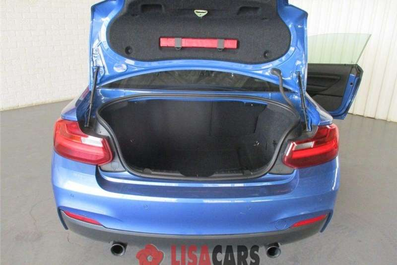 BMW 2 Series M235i coupe auto 2014