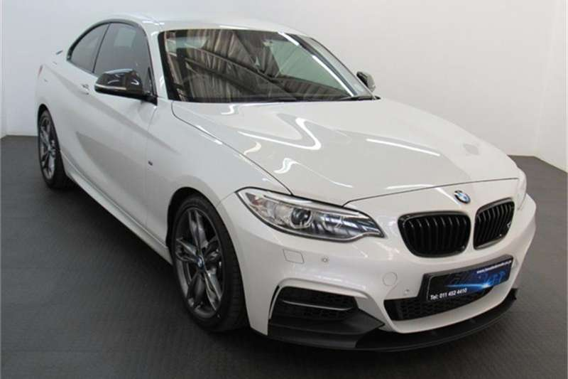 BMW 2 Series M235i coupe auto 2015