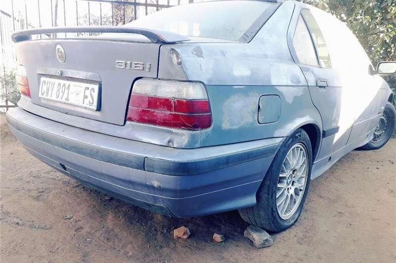 BMW 3 Series 316i 1990