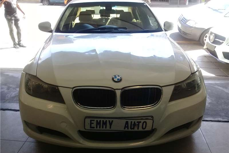 BMW 3 Series 320d 3 40 Year Edition 2010