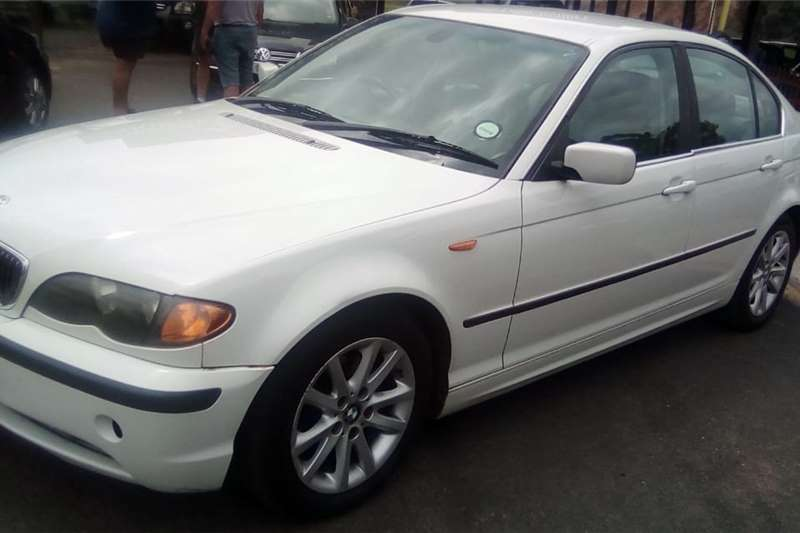 BMW 3 Series 320i 2003