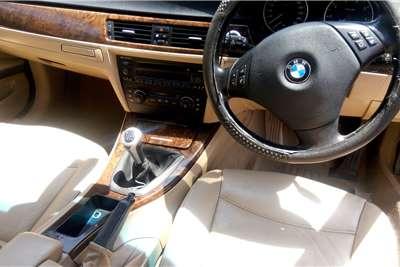 BMW 3 Series 320i 2005