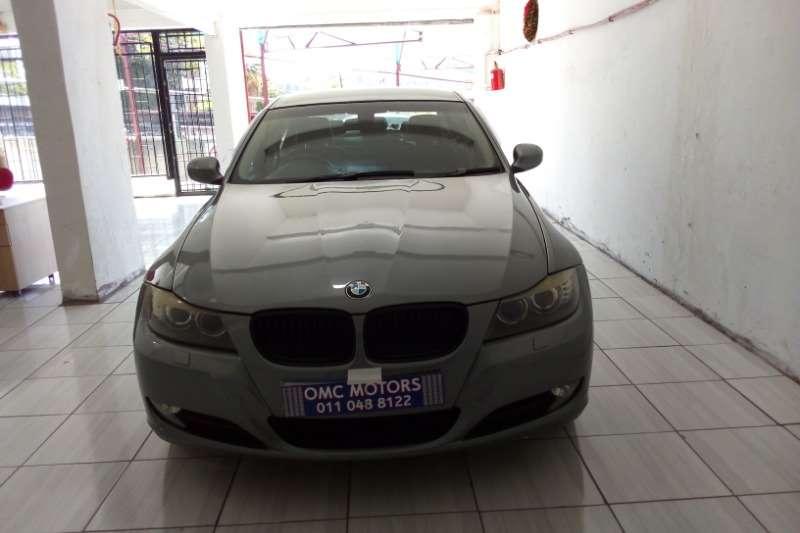 BMW 3 Series 320i 2009