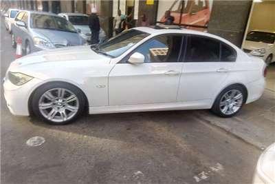 2011 BMW 3 Series 320i