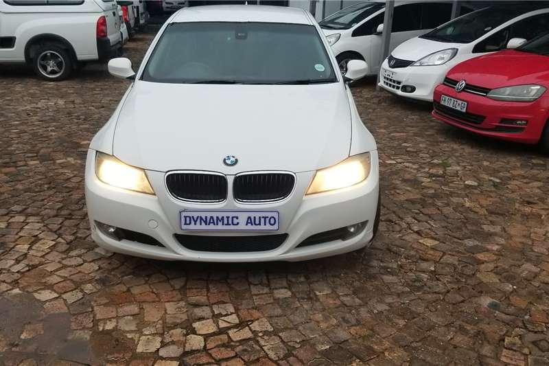 BMW 3 Series 320i 2011