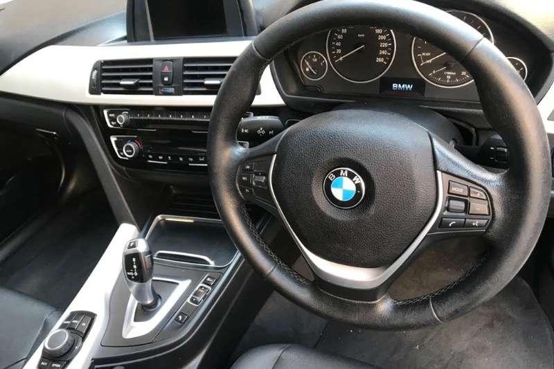 BMW 3 Series 320i 2017