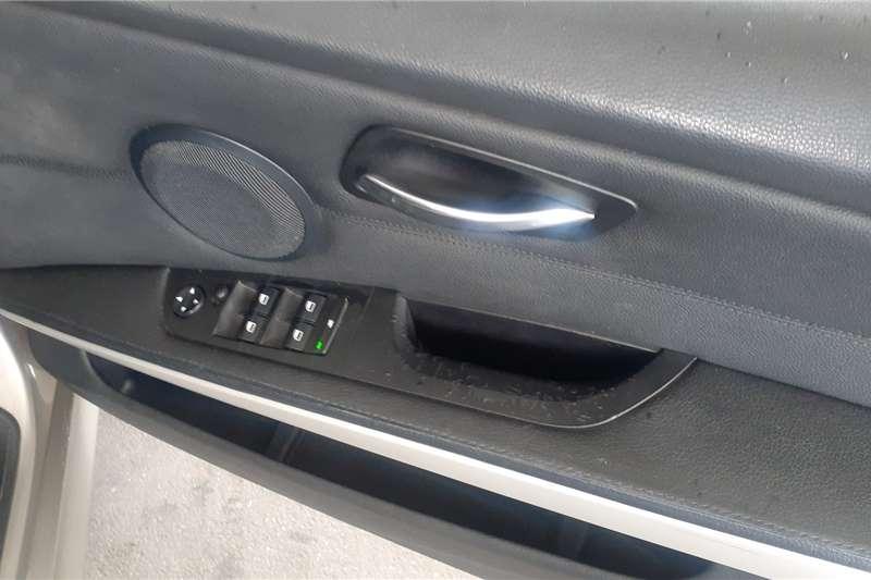 BMW 3 Series 320i auto 2010