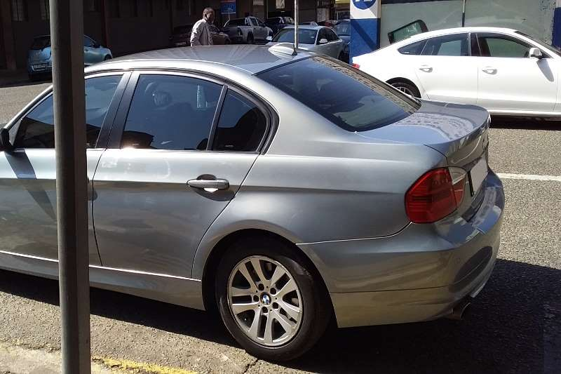 Used 2009 BMW 3 Series 320i coupé auto