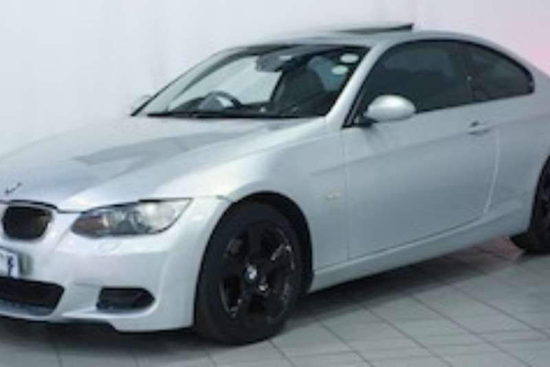 BMW 3 Series 320i coupe a/t 2008