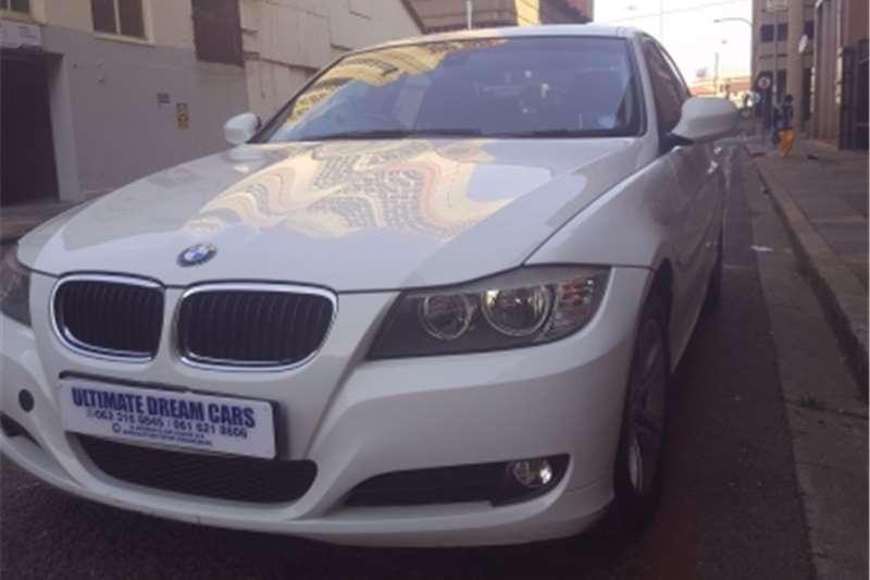 BMW 3 Series 320i Dynamic 2011