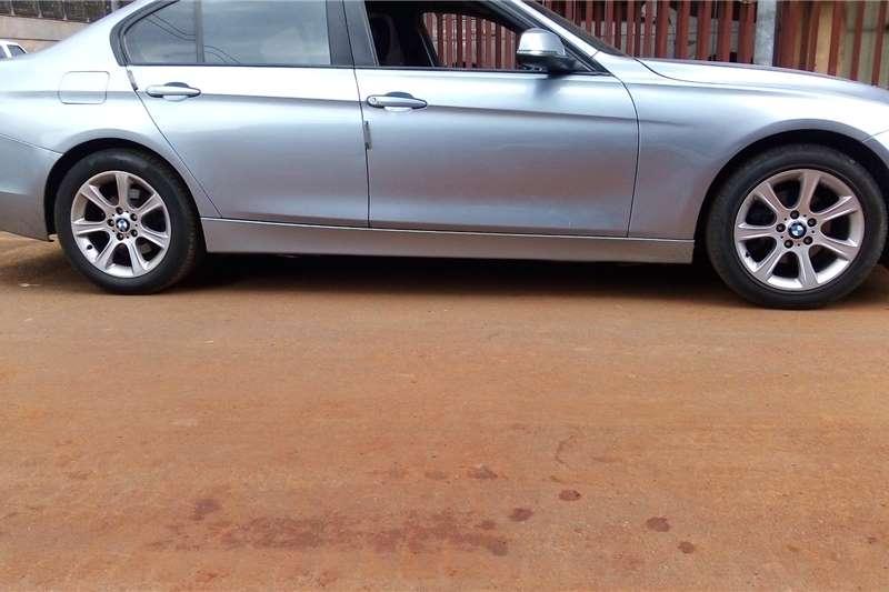 2012 BMW 3 Series 320i Dynamic