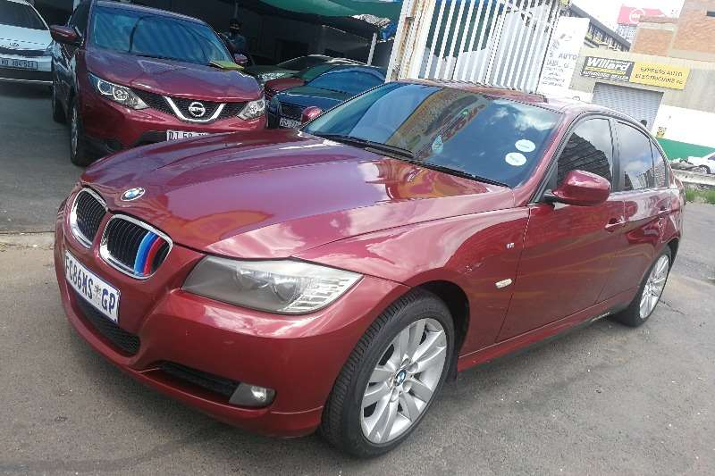 Used 2011 BMW 3 Series 320i Exclusive
