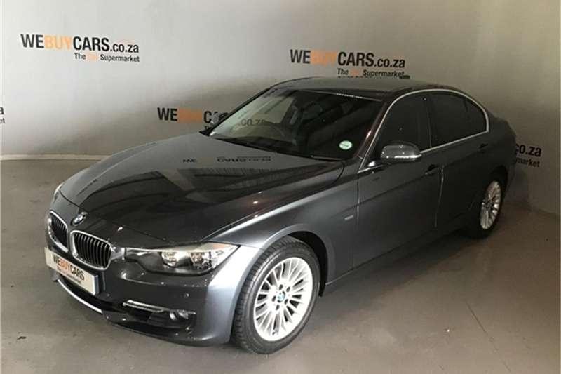 BMW 3 Series 320i Luxury 2013