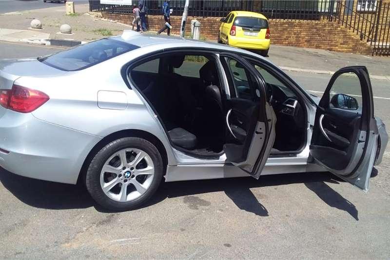 BMW 3 Series 320i Luxury auto 2013