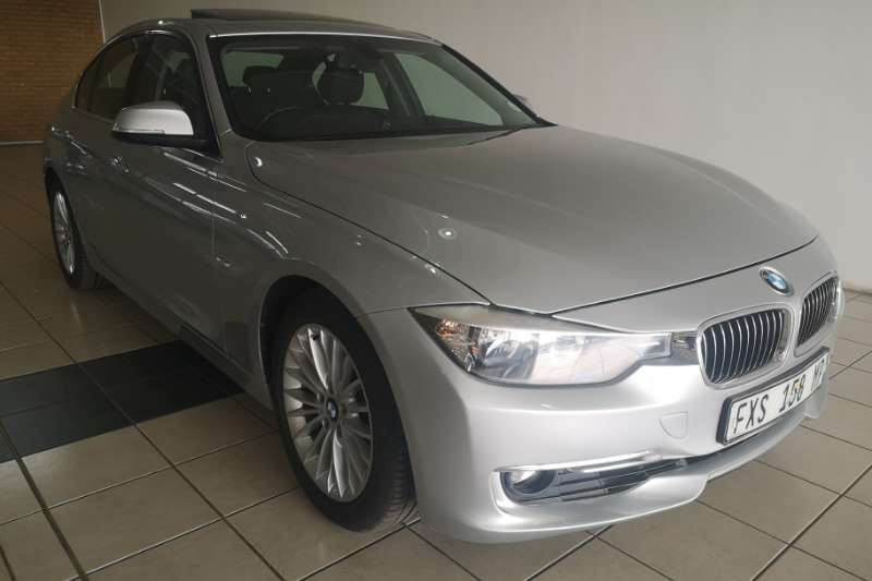 BMW 3 Series 320i Luxury Line auto 2012