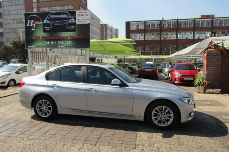 BMW 3 Series 320i Luxury Line auto 2014