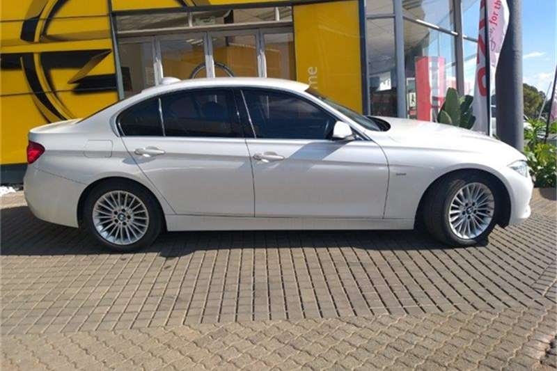 BMW 3 Series 320i Luxury Line auto 2016