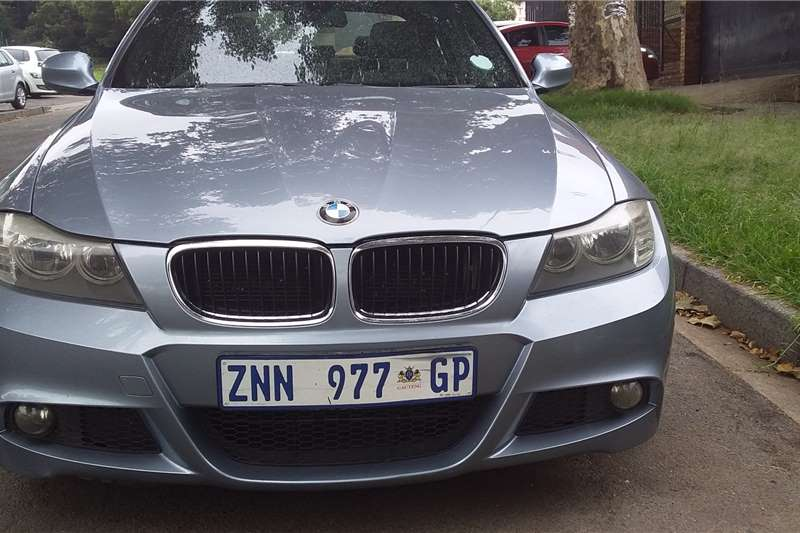 BMW 3 Series 320i M Sport auto 2010