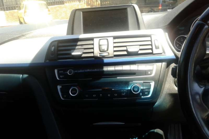 BMW 3 Series 320i M Sport auto 2014
