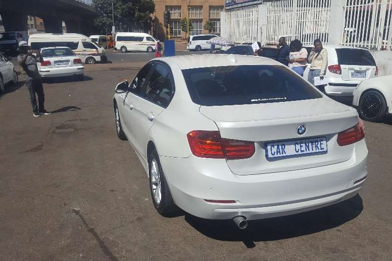 Used 2015 BMW 3 Series 320i Modern sports auto