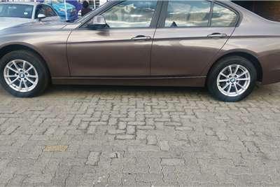 BMW 3 Series 320i Sport auto 2013