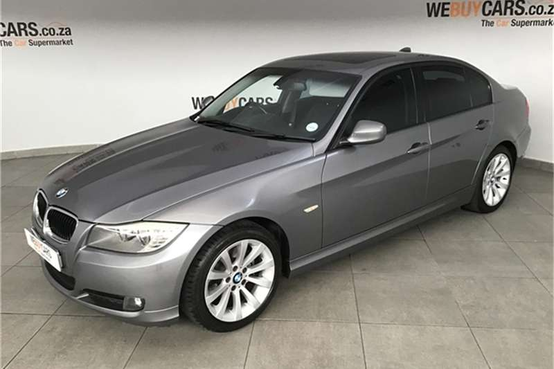 BMW 3 Series 320i steptronic 2010