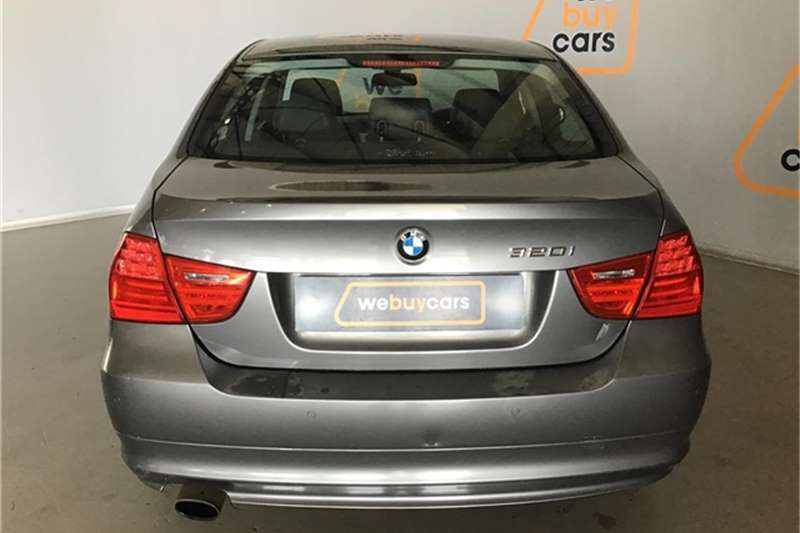 BMW 3 Series 320i steptronic 2011