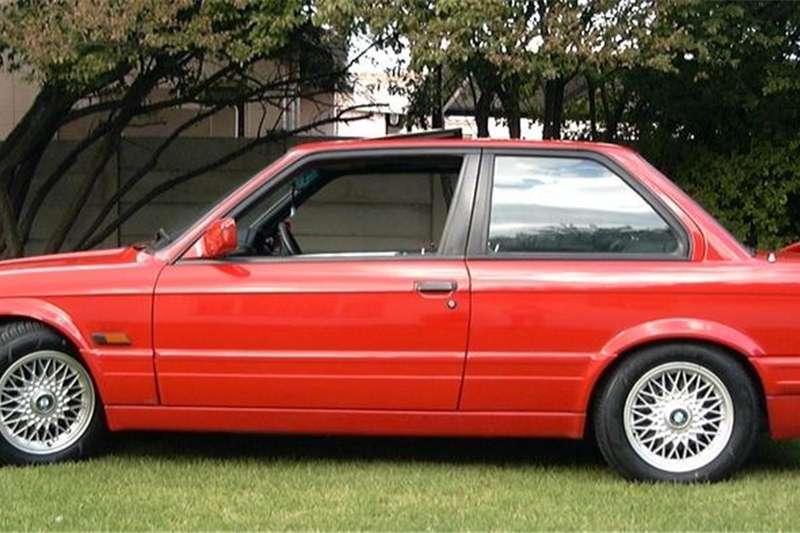 BMW 3 Series 325i coupé 1991