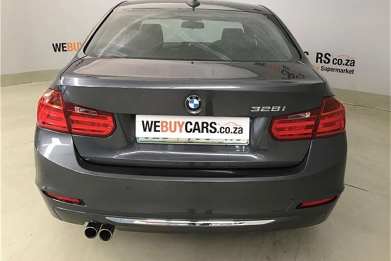 BMW 3 Series 328i Luxury auto 2013
